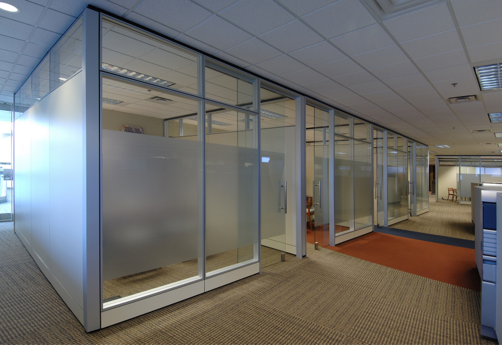 Imt Offers Full Glass Partition Walls For Modular Office