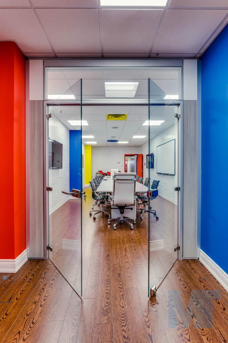 & IMT offers modular office doors - glass laminated or vaneer doors
